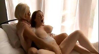 compilation of lesbians cumming. cam women at camslutparadise.com