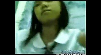 Estudyante Iniyot Habang walang tao sa Bahay - www.kanortube.com