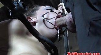 Caned servant deepthroats maledom