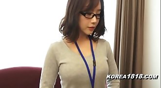 KOREA1818.COM - Hot Korean Girl wearing Glasses