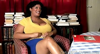 Big belly, boobs & booty black BBW plays with her fat juicy pussy for you