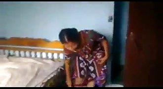 karnatka bhabhi ki chudai goun pe nebor ke sath
